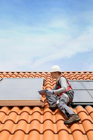 Solar Panel Companies need to invest in certification tracking solutions